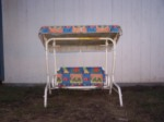 $10 Swing Set Bench for children. Needs repair. (209) 684-3649 Isela/Leo